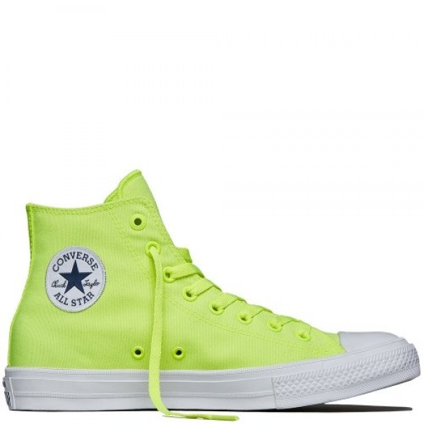 Converse Men's Chuck Taylor All Star II Sneakers 1...